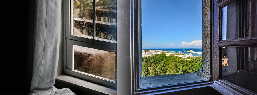 Quelles Différences Entre Des Fenêtres à La Française Oscillo